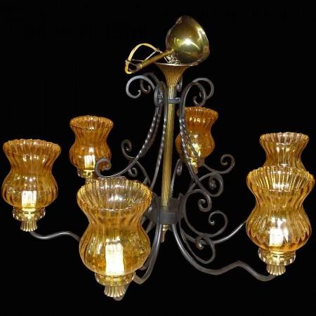 Lampadario vintage a 6 luci in ferro battuto