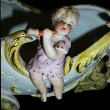 Porcelain biscuit Cherubins end of the 19th century
